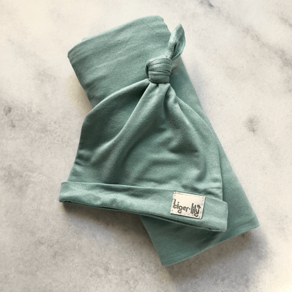 swaddle-duck-egg